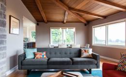 01-mid-century-design-living-room-ceiling-east-bay-cantu-900×600