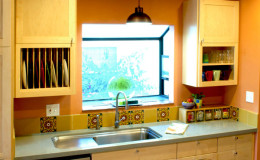 02-kitchen-interior-design-berkeley-cuerda-seca-tile-sink-Fynn-600×800