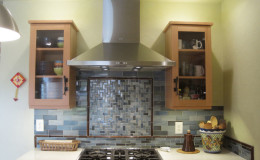 02-kitchen-remodel-pottery-stove-counter2-interior-design-berkeley-800×600