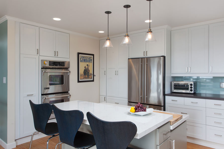 Modern Home Kitchen kitchen   synthesis interiors and color