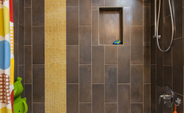06-mid-century-design-guest-bathroom-tile-cantu-600×900