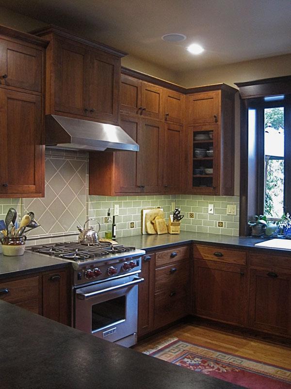 Earthy Craftsman Kitchen Bath