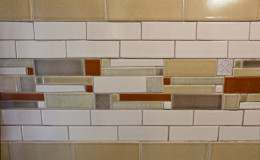 08-bath-shower-tile-closeup-900×600