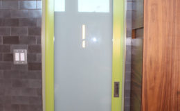 02-VA-bath-door-600×900